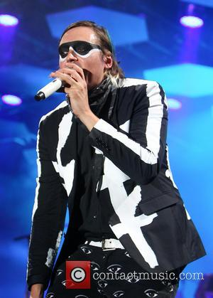 Win Butler To Help Pay Late Pal's Medical Bills