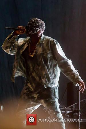 'We Want Drake', Fans Let Kanye West Know How They Feel After Rapper Is Booed For Second Consecutive Night