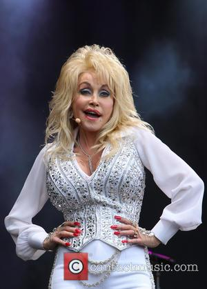 Dolly Parton Goes to Glastonbury, Gets a Tonne of New Fans and Maybe Even a Dog