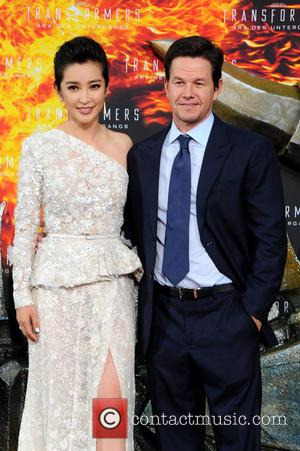 Li Bingbing and Mark Wahlberg