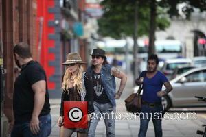 Orianthi Panagaris and Richie Sambora