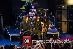 Extreme, Nuno Bettencourt, Gary Cherone, Pat Badger and Kevin Figueiredo