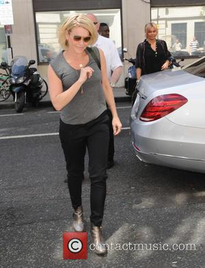 Chelsea Handler - Chelsea Handler arriving at the BBC Radio 2 studios - London, United Kingdom - Wednesday 2nd July...