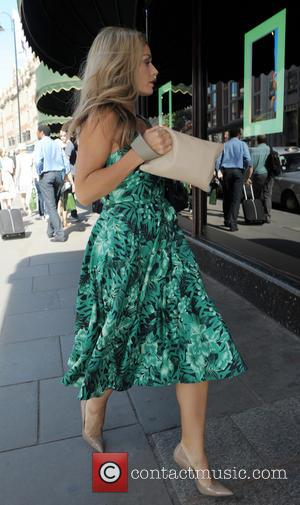 Katherine Jenkins - Katherine Jenkins seen rushing into Harrods department store - London, United Kingdom - Friday 4th July 2014