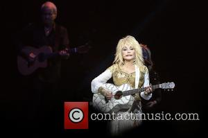Dolly Parton Working On TV Series