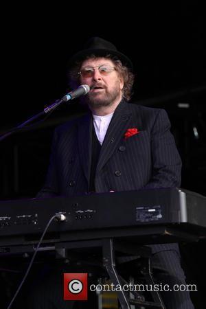 Chas & Dave Star Diagnosed With Cancer