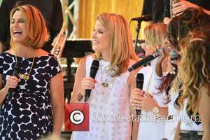 Jenna Bush and Savannah Guthrie