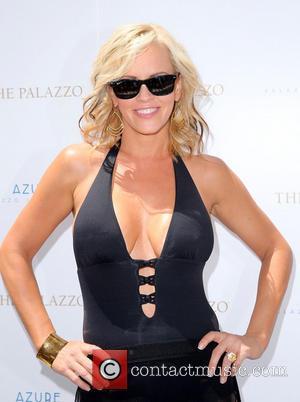Jenny McCarthy - Jenny McCarthy at Azure Luxury Pool in The Palazzo Las Vegas - Las Vegas, Nevada, United States...