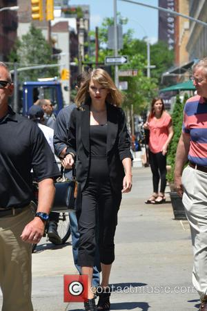 Taylor Swift - Taylor Swift spotted out in New York wearing all black carrying the Dolce & Gabbana 'Sara Handbag'...
