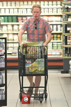 Jesse Tyler Ferguson - Jesse Tyler Ferguson shops at Gelsons Market - Los Feliz, California, United States - Saturday 12th...