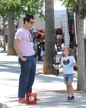 Johnny Knoxville and Rocko Clapp - Johnny Knoxville spends time at the Farmers Market with his children - Los Angeles,...