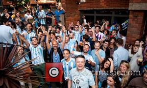 Atmosphere, Argentinian Fans, Argentina Fans and Argentine Fans