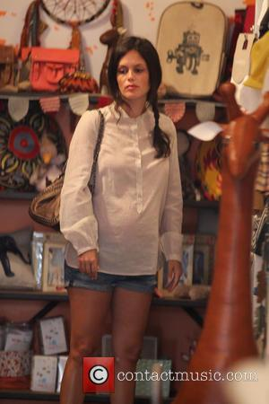 Rachel Bilson - Pregnant Rachel Bilson goes shopping for baby clothes in Los Angeles - Los Angeles, California, United States...