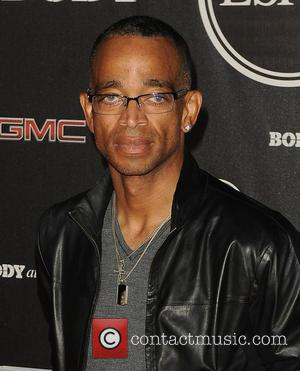 Beloved Espn Anchor Stuart Scott Loses Cancer Battle