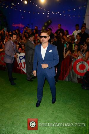 Larry Hernandez - Premios Juventud 2014 at The BankUnited Center - Coral Gables, Florida, United States - Friday 18th July...