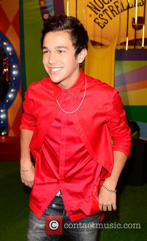 Austin Mahone - Premios Juventud 2014 at The BankUnited Center - Arrivals - Coral Gables, Florida, United States - Friday...
