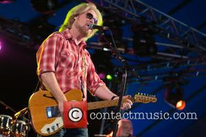Venue Owned By Daryl Hall Files Lawsuit Against New York Town Council