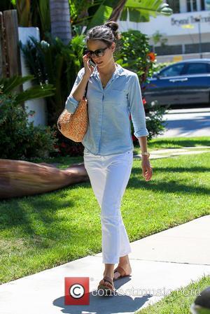 Jordana Brewster - Jordana Brewster leaves Lemonade Restaurant in West Hollywood - Los Angeles, California, United States - Monday 21st...