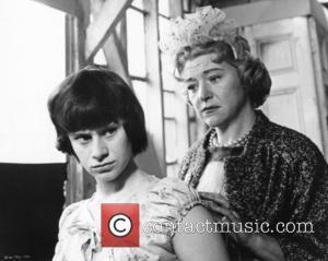 Rita Tushingham and Dora Bryan