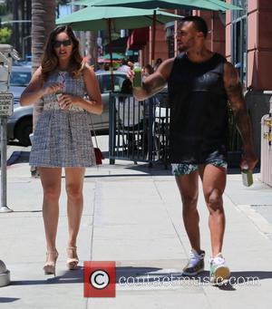 Kelly Brook and David McIntosh - Kelly Brook and  boyfriend David McIntosh pick up green juice at Pressed Juicery...