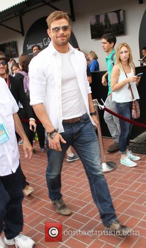 Kellan Lutz - San Diego Comic-Con International - Day 2 - Celebrity Sightings - San Diego, California, United States -...