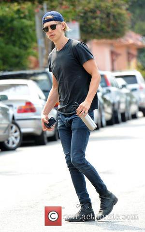 Austin Butler - Austin Butler out and about in Santa Monica - Los Angeles, California, United States - Tuesday 29th...