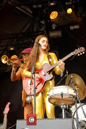 Kitty and Daisy & Lewis