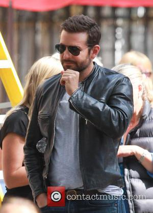 Bradley Cooper - Bradley Cooper filming scenes for his upcoming movie 'Adam Jones' in Notting Hill - London, United Kingdom...