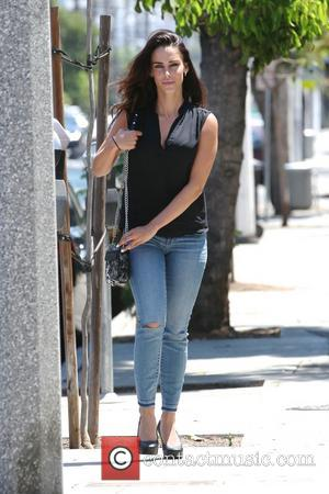 Jessica Lowndes - Jessica Lowndes out running errands in West Hollywood - Los Angeles, California, United States - Thursday 31st...