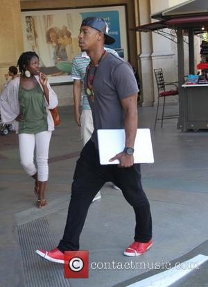 Mehcad Brooks - Mehcad Brooks goes to the Apple store in Hollywood - Los Angeles, California, United States - Thursday...