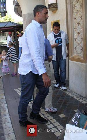 Rick Fox - Retired professional basketball player Rick Fox takes his son to dinner in Hollywood - Los Angeles, California,...