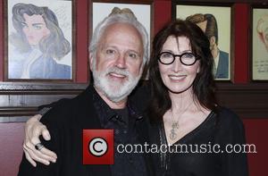 John Rubenstein and Joanna Gleason