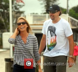 Actress Cheryl Hines Weds Robert F. Kennedy In Oppulent Massachusetts Wedding