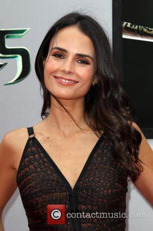 Jordana Brewster - Los Angeles premiere of 'Teenage Mutant Ninja Turtles' - Arrivals - Los Angeles, California, United States -...