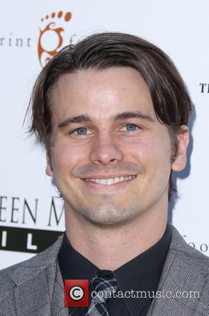 Jason Ritter - Los Angeles premiere of 'About Alex' at ArcLight Hollywood - Arrivals - Hollywood, California, United States -...