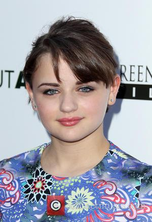 Joey King - Los Angeles premiere of 'About Alex' at ArcLight Hollywood - Arrivals - Hollywood, California, United States -...