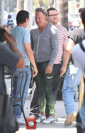 Mickey Rourke - Mickey Rourke has lunch with friends in Beverly Hills - Los Angeles, California, United States - Saturday...