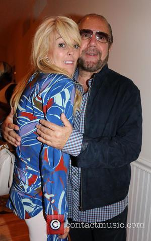 Dina Lohan and Bobby Zarin - Women's Health hosts Hamptons 'Party Under The Stars' for RUN10 FEED10 - Bridgehampton, New...