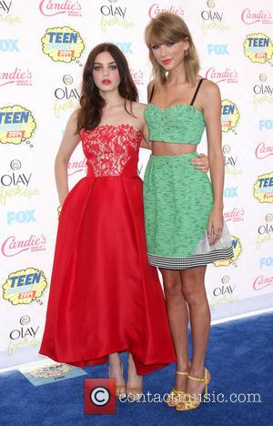 Odeya Rush and Taylor Swift