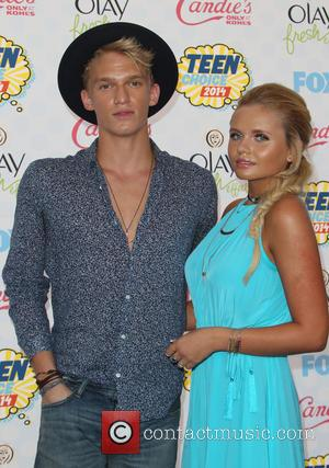Cody Simpson and Alli Simpson - FOX's 2014 Teen Choice Awards - held at The Shrine Auditorium - Los Angeles,...