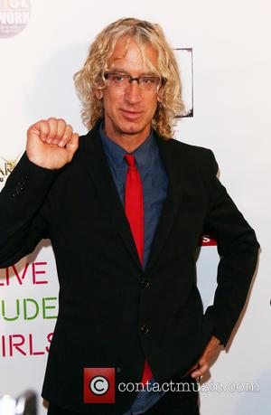 Comedian Andy Dick Allegedly Makes Off With Stolen Necklace