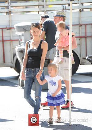Ian Ziering, Erin Kristine Ludwig, Penna Mae Ziering and Mia Loren Ziering - Ian Ziering takes his family to the...