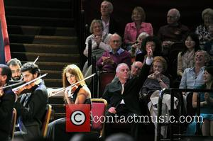 Pianist Barenboim Gives Peace Concert In Madrid
