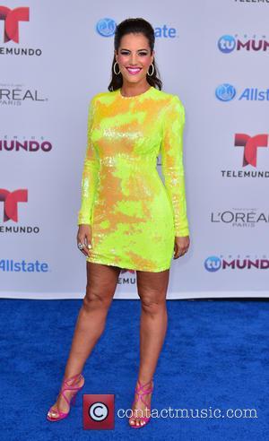 Gaby Espino - Telemundo Premios Tu Mundo Awards 2014 - Arrivals - Miami, Florida, United States - Friday 22nd August...
