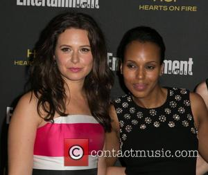 Katie Lowes and Kerry Washington