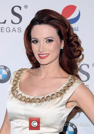Holly Madison - SLS Las Vegas Celebrates it's Grand Opening with a Celebrity-Studded Red Carpet - Las Vegas, Nevada, United...