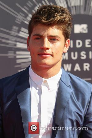 Gregg Sulkin - 2014 MTV Video Music Awards at The Forum - Arrivals - Inglewood, California, United States - Sunday...