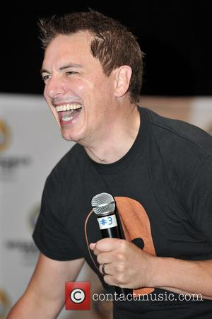 John Barrowman Loses Voice Ahead Of U.k. Tour