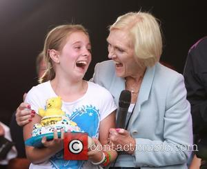 "Mary Berry Would Rather Children ""Give Her a Pill"" Than Become a Burden"