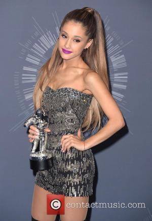 Ariana Grande - 2014 MTV Video Music Awards at The Forum - Press Room - Los Angeles, California, United States...